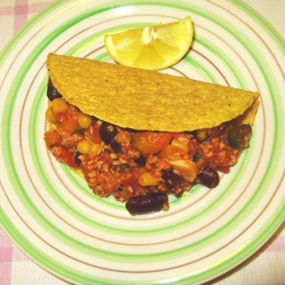 Low Carb Hähnchen Chili Con Carne in Taco's