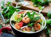 Asiapfanne mit Garnelen und Gemüse