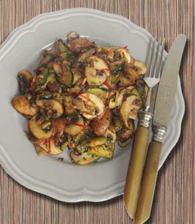 champignon zucchini pfanne. Black Bedroom Furniture Sets. Home Design Ideas