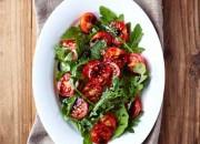 Cherrytomaten mit Rucola Salat