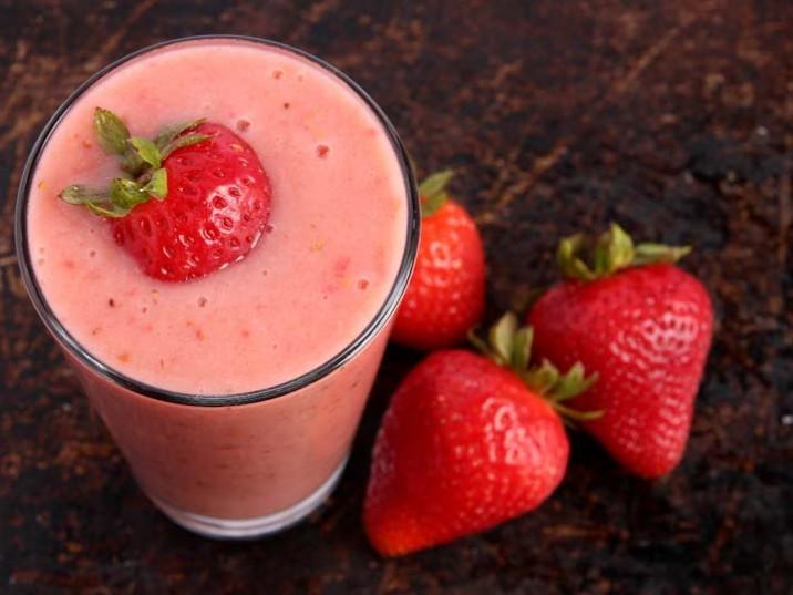 Erdbeer-Melonen-Kokos-Shake