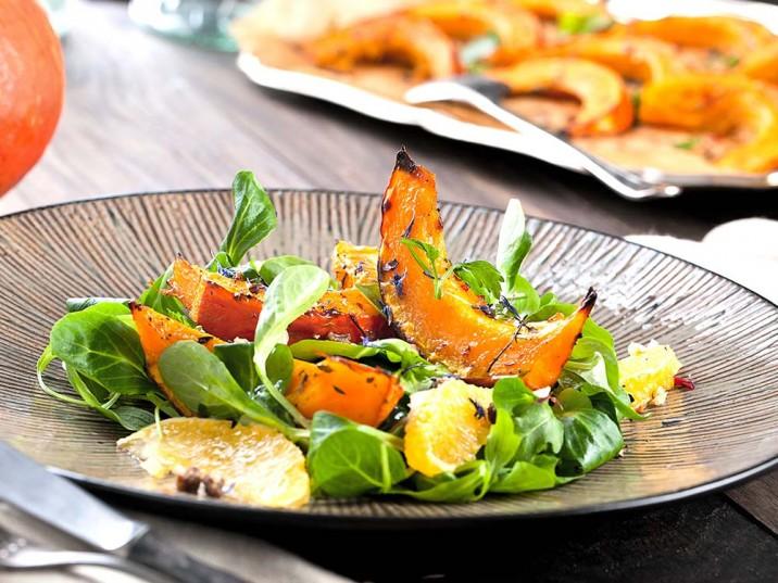 Feldsalat mit Kürbis und Orangen