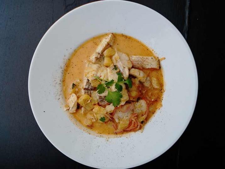 Fisch mit Kokos-Curry-Sauce