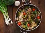 Gedämpfte Hähnchenfilet mit Gemüse