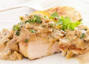 Hähnchenbrust mit Champignon-Creme-Sauce