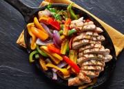 Hähnchenbrust mit Paprika Gemüse Pfanne