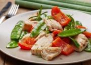 Hähnchenbrustfilet mit Gemüse