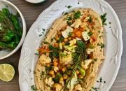 Hummus mit gebratenem Gemüse und Kräutern