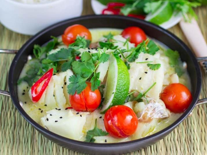 Kokos-Limetten-Fischsuppe