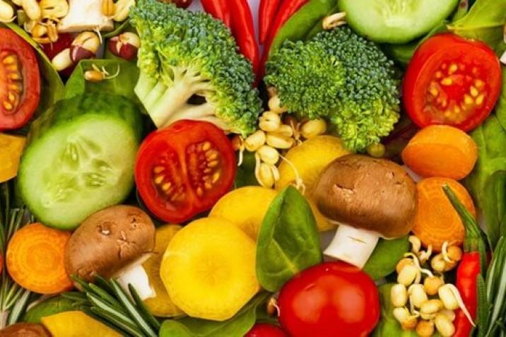 Diese Lebensmittel sollten in keiner Low Carb Küche fehlen ...