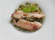 Low Carb Pasta mit Pesto und Kaninchenfilet