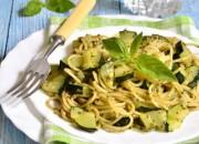 Low Carb Spaghetti mit Zucchini