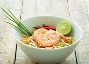 Pad Thai mit Garnelen und Kajnok Fettuccine