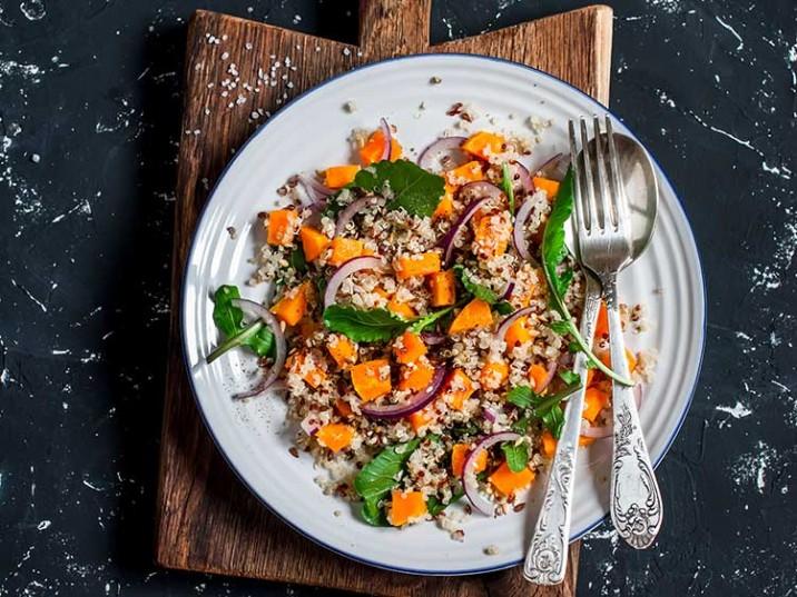 Quinoa mit gebratenem Kürbis