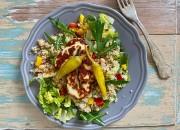 Quinoa Salat mit Halloumi und Pfefferonen