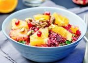 Quinoa Salat mit rote Bete, Granatapfel und Pistazien