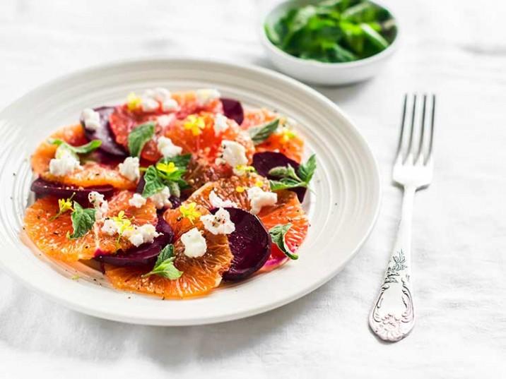 Rote Bete Salat mit Orange und Feta