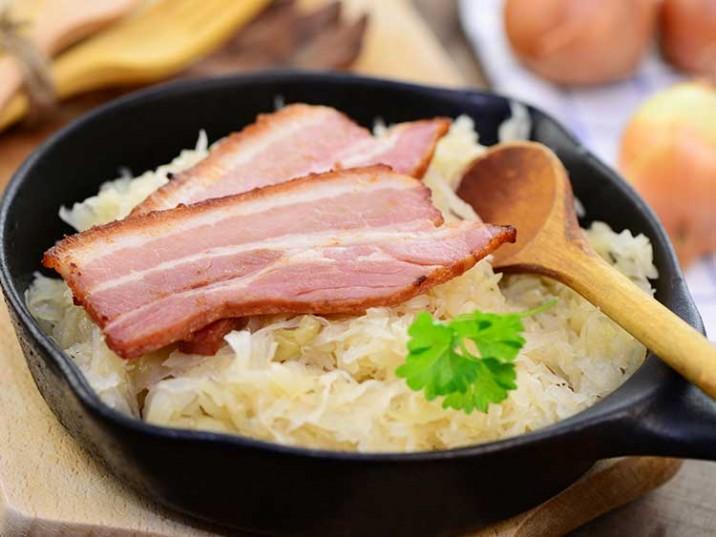 Sauerkraut mit Schweinebauch