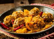 Scharfe Curry Fleischbällchen