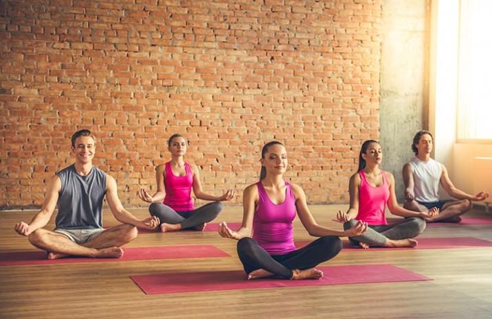Yoga - Wie dir Yoga beim Abnehmen hilft